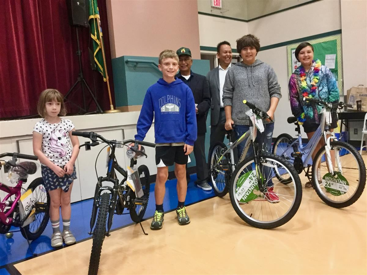 Yancey C. Blalock Lodge Awards Four Bikes to Lake Forest Park Students